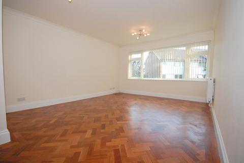 2 bedroom maisonette to rent - Brenchley Close, Bromley, BR2