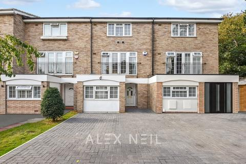 3 bedroom townhouse for sale - Ullswater Close, Bromley BR1