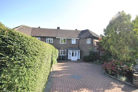 3 bedroom terraced house to rent - Wydeville Manor Road Grove Park SE12