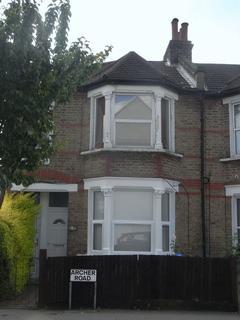 2 bedroom property to rent - Two bedroom Flat, Norwood Junction SE25