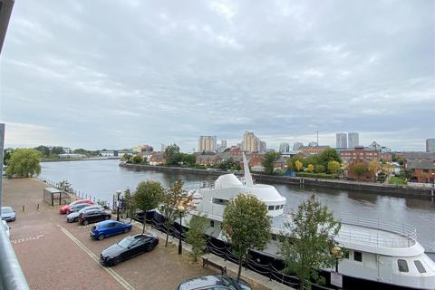Studio for sale - Clippers Quay, Salford