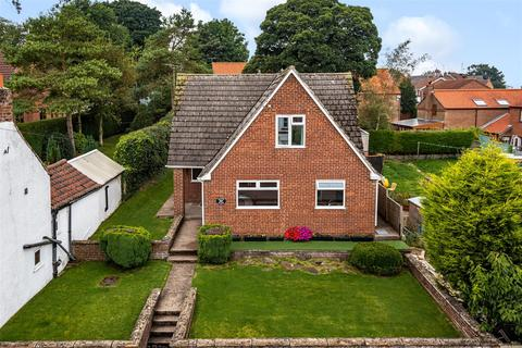 4 bedroom detached house for sale - 69 Main Street, Fridaythorpe, Driffield, YO25 9RS