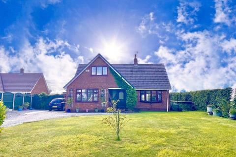 4 bedroom house for sale - Main Street, Great Hatfield, Hull