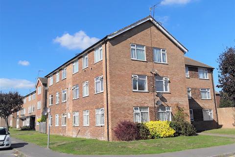 2 bedroom flat to rent - Victoria Road, Ruislip