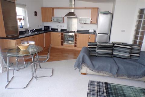 3 bedroom apartment to rent - Cwrt Westfa, Pentre Doc Y Gogledd, Llanelli