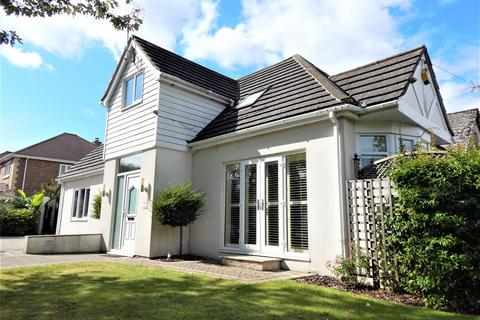 3 bedroom detached house for sale - City Way, Rochester