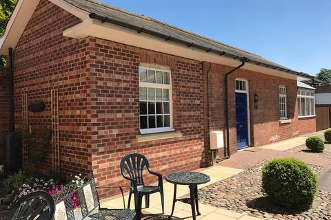1 bedroom bungalow to rent - Dower Chase, Escrick, YO19