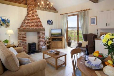 1 bedroom cottage to rent - Wades Lane, Shotley