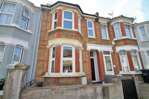 3 bedroom terraced house to rent - Norfolk Road, Gravesend, Kent