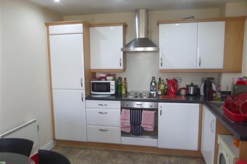 2 bedroom flat to rent - Carlton Boulevard, Lincoln, LN2