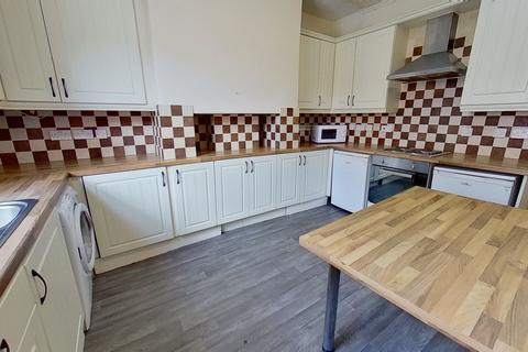5 bedroom house to rent - Thornville Mount , Hyde Park, Leeds
