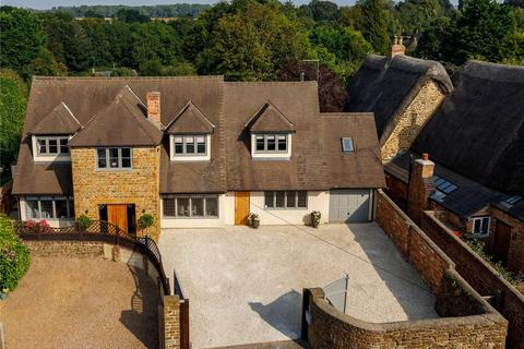 4 bedroom detached house for sale - High Street, Byfield, Daventry, Northamptonshire, NN11