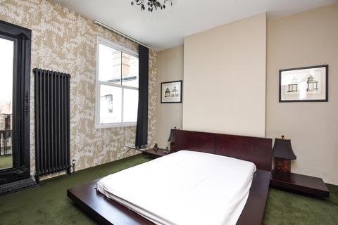 3 bedroom maisonette to rent - Durnsford Road Southfields SW19