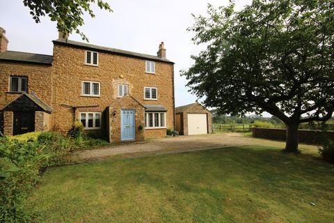 4 bedroom house for sale - The Poplars, Wymondham