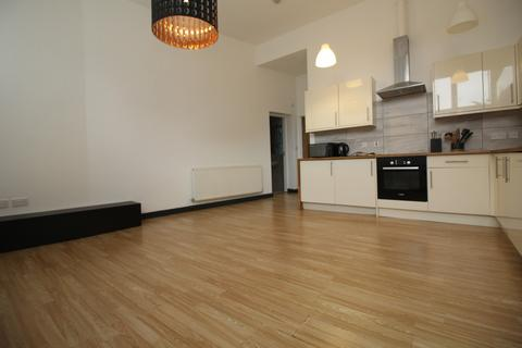1 bedroom flat to rent - 72a, Armley Lodge Road, Leeds