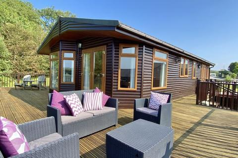 2 bedroom bungalow for sale - Juliots Well holiday park