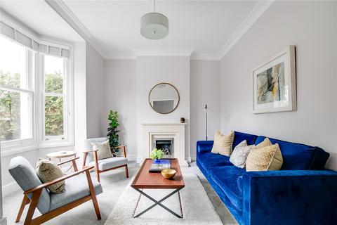 3 bedroom semi-detached house for sale - Marcilly Road, London, SW18