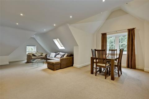 3 bedroom penthouse to rent - Lakewood, Portsmouth Road, Esher, Surrey, KT10
