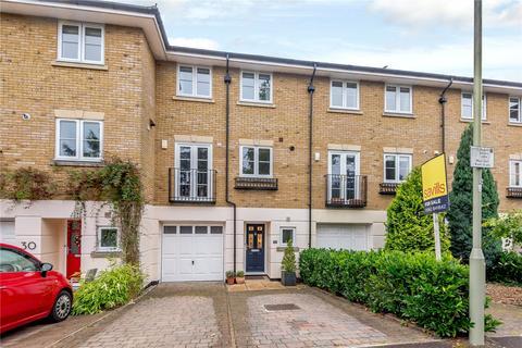 4 bedroom terraced house for sale - Cornes Close, Winchester, Hampshire, SO22