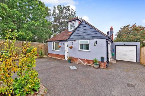 4 bedroom bungalow for sale - Cornelia Crescent, Branksome, Poole, Dorset, BH12