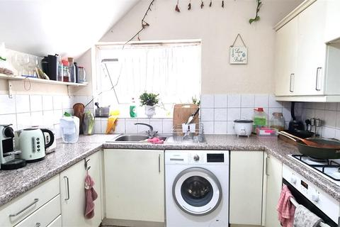 2 bedroom flat to rent - Hoop Lane, London NW11