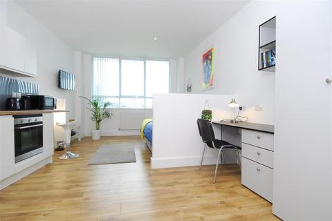 Studio to rent - 2A Old Town Street, Plymouth