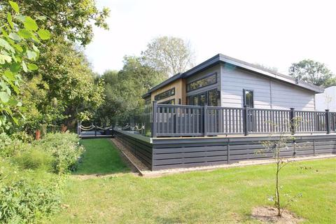 2 bedroom park home for sale - Near Milford On Sea, Hampshire