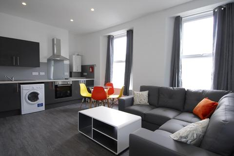 4 bedroom house to rent - Radnor Street, Plymouth