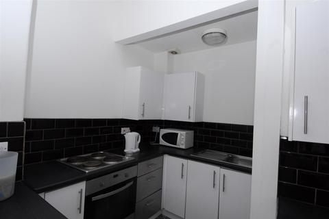 4 bedroom house to rent - Bayswater Road, Plymouth