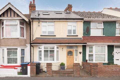 3 bedroom terraced house for sale - Nash Court Road, Margate