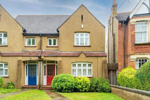 3 bedroom flat for sale - St Marys Road, Ealing, London