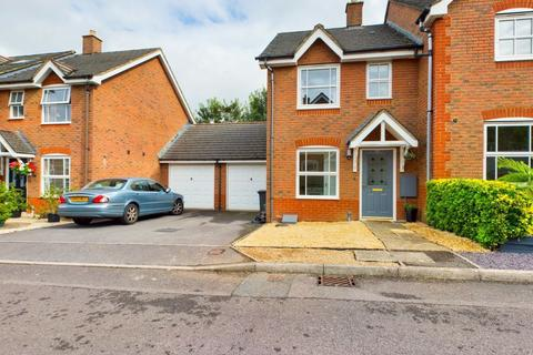 2 bedroom semi-detached house to rent - DICKENS LANE, OLD BASING