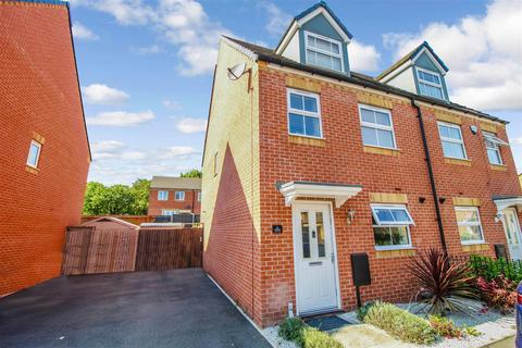 3 bedroom townhouse for sale - Whitmore Manor Close, Coventry