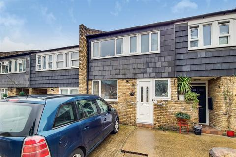 3 bedroom terraced house for sale - Prioress Road, London