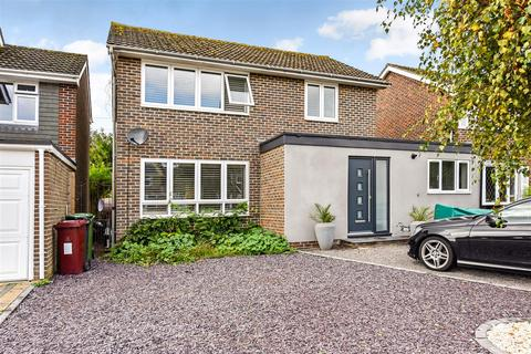 3 bedroom detached house for sale - Wells Crescent, Chichester