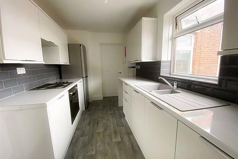 3 bedroom apartment for sale - Cumberland Street, Wallsend, Tyne And Wear, NE28