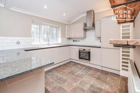 2 bedroom mews to rent - Devonshire Mews West, Marylebone, W1G