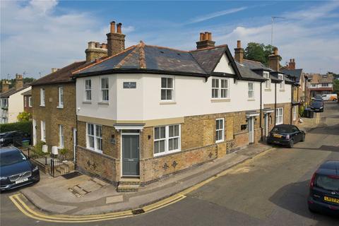 1 bedroom flat for sale - Cross Road, Weybridge, Surrey, KT13
