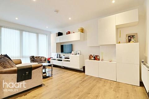 3 bedroom maisonette for sale - Orchid Mews, London