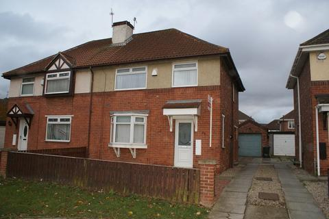 3 bedroom semi-detached house to rent - Arundel Road, Grangetown, Middlesbrough, North Yorkshire, TS6