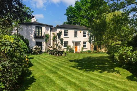 5 bedroom detached house for sale - Hare Lane, Claygate, Esher, Surrey, KT10