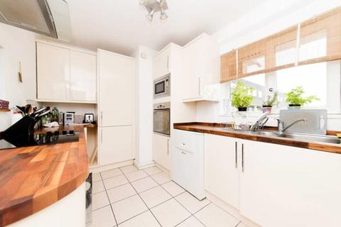 5 bedroom flat to rent - Ludovick Walk  SW15