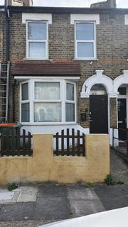 2 bedroom terraced house to rent - LONDON, E13