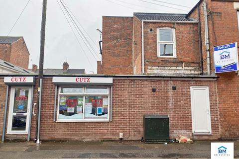 Property to rent - Moores Road, Leicester, LE4