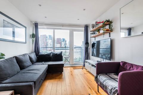 1 bedroom flat to rent - Tarves Way London SE10