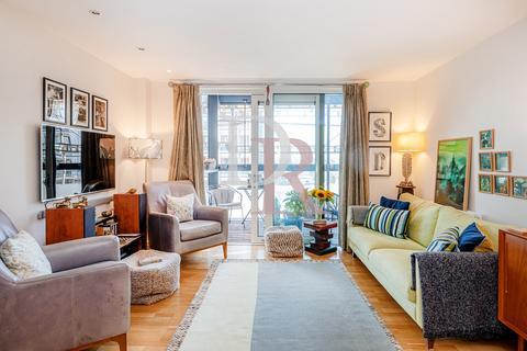 3 bedroom apartment to rent - RADDON TOWER, DALSTON SQUARE, LONDON E8