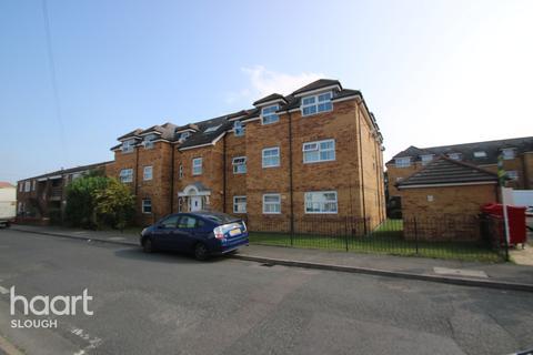 2 bedroom flat for sale - Rutland Avenue, Slough