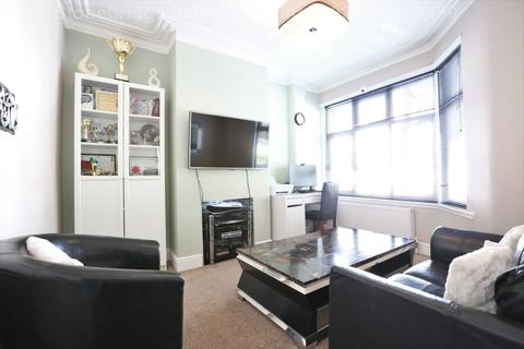 3 bedroom terraced house for sale - Church Road, Manor Park, E12