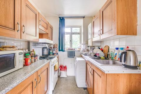 3 bedroom flat to rent - Meredith House, Dalston, N16