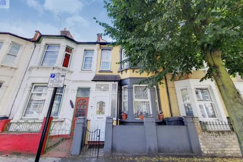 5 bedroom terraced house for sale - Farmilo Road, London E17